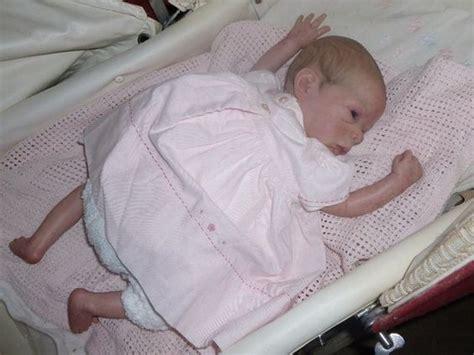 Preloved Tas Baby Pink Uk Besar preloved reborn premature baby doll for sale in