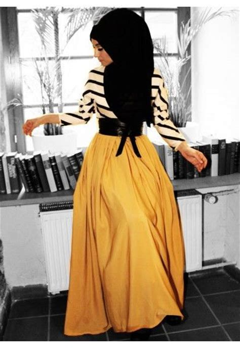 Fashion Wanita Dress Yellow Amiko modest sleeve maxi dress black and white stripe top with yellow skirt stylish trendy