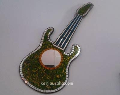 usaha membuat gitar kerja usaha wirausaha kerajinan dari pecahan kaca bekas