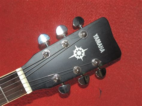 Gitar Akustik Yamaha G 325 gitar akustik yamaha g 325 hitam doff king complete