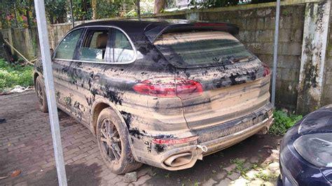 kerala floods damage cars worth rs  crore  sad