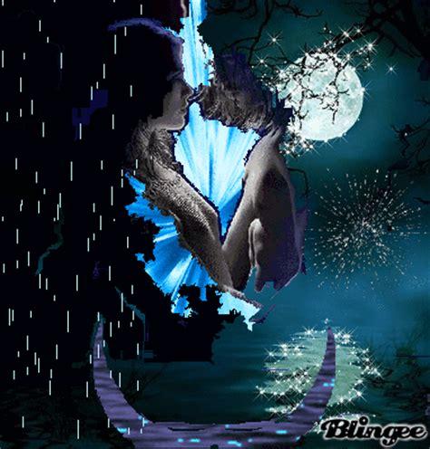 Imagenes Romanticas Bajo La Luna | romance bajo la luna lluviosa picture 122999052 blingee com