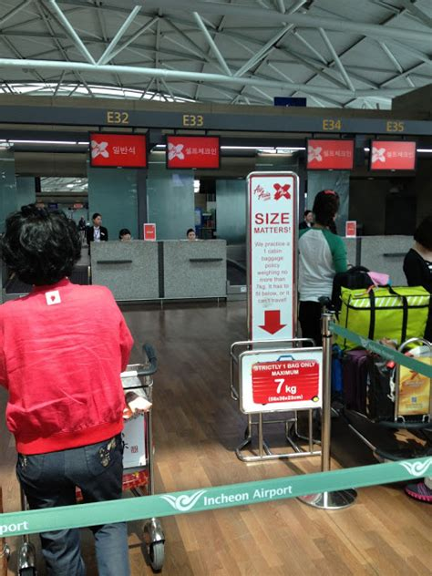airasia baggage cabin review of air asia x flight from seoul to kuala lumpur in
