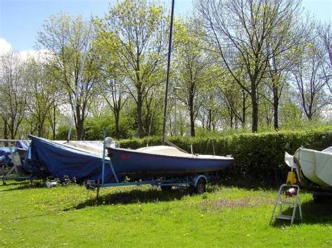 trailer open zeilboot open zeilboot varuna 501 met trailer advertentie 584853