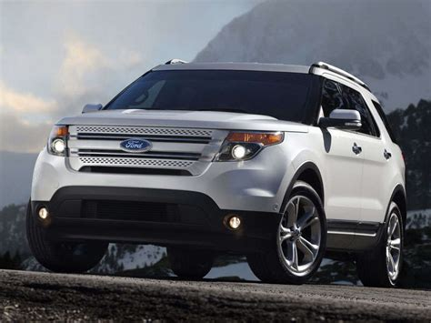 2014 ford explorer family crossover suv road test and