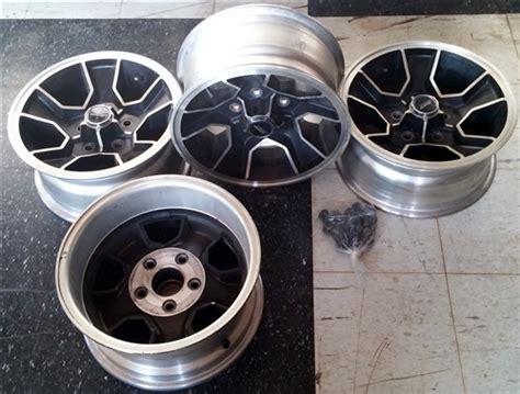 camaro  spoke mag aluminum  wheel  center cap set original mint gm