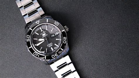 Seiko 5 Sports Automatic Snzh59 seiko quot 5 fathoms quot snzh59 with 7s36 movement