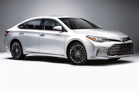 toyota avalon 2016 toyota avalon reviews and rating motor trend