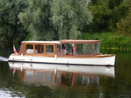 river boats on the thames for sale second hand boats for sale along the river thames visit