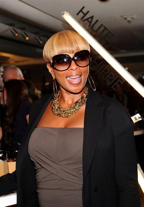Mary J. Blige Sunglasses Looks   StyleBistro