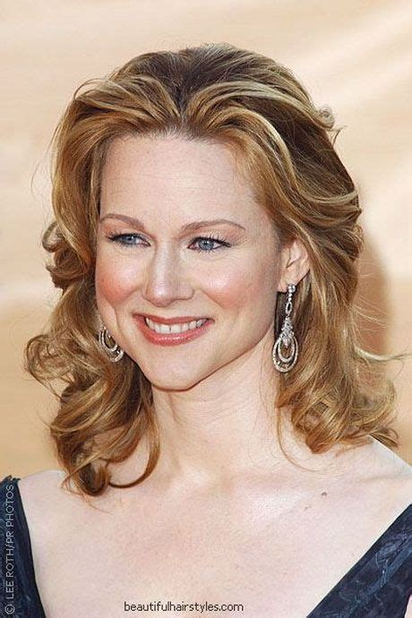 hair styles for 60 year old women s pictures top 25 ideas about laura linney on pinterest loose buns