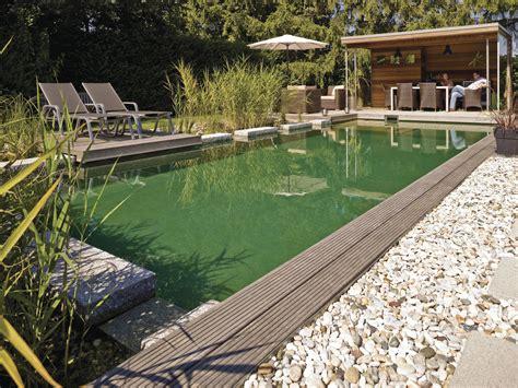 traumgarten mit pool