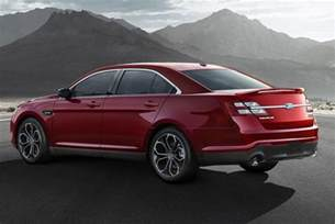 Ford Fusion Vs Taurus 2015 Ford Taurus Vs 2015 Ford Fusion What S The