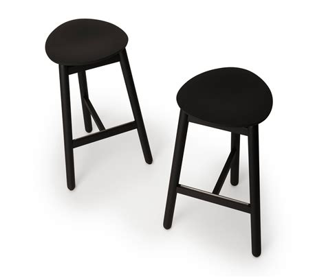 beech bar stools beech bar stool 75 low bar stools from dum architonic