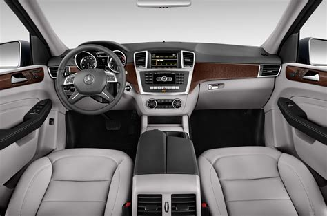 2014 mercedes m class cockpit interior photo