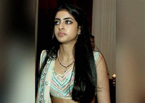 Navya Naveli Nanda is Quite a Stunner   Indian Girls Villa ...