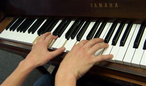 Keyboard Untuk Pemula galeri musik indonesia tips memilih dan membeli