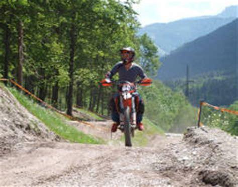 Kinder Motorrad Fahren Nrw by Motocross Enduro Fahren In Stegenwald Als Geschenk Mydays