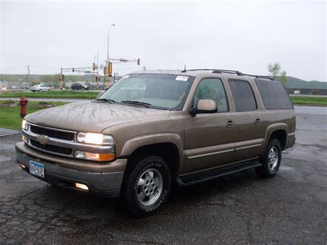 chevrolet suburban 2003 ride auto 2003 chevy suburban gold