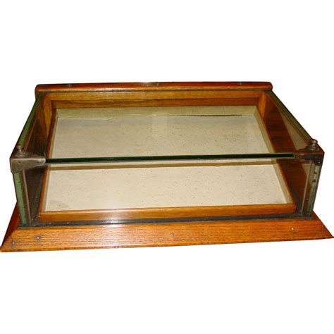 small glass display small size oak glass chewing gum counter top display