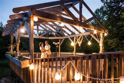 lucas in durham ontario cottage wedding