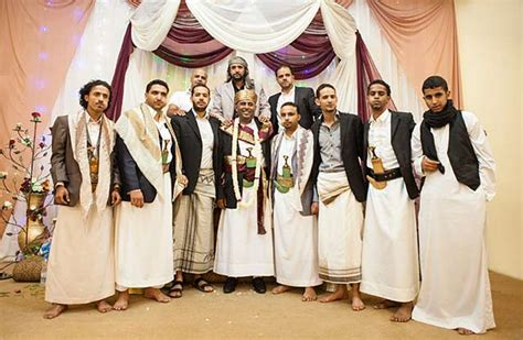 Yemeni Wedding Attire yemeni dress photographing the yemen culture and customs