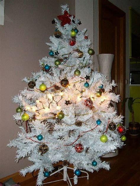 como decorar arboles de navidad blancos decoracion mueble sofa decoracion arbol de navidad blanco