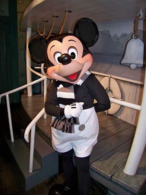 steamboat willie 1000 ideas about steamboat willie on pinterest vintage