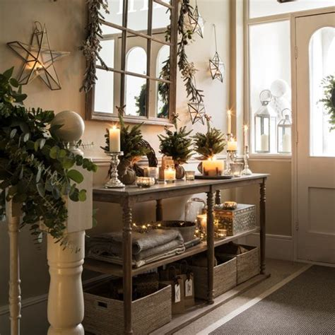 country homes and interiors christmas modern country style ten country christmas hallway ideas