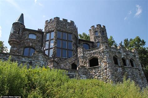 Building Castles by Castle In New York Goes Up For Sale For 12 7m Daily