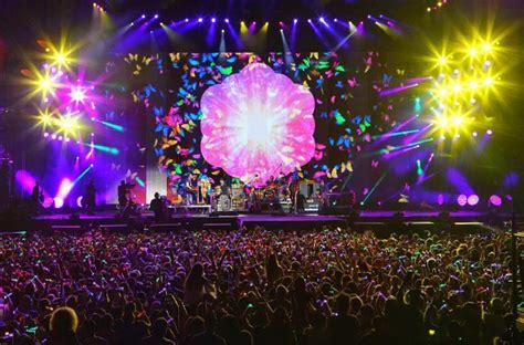 coldplay konser di indonesia sudah siap berburu tiket murah konser coldplay di asia