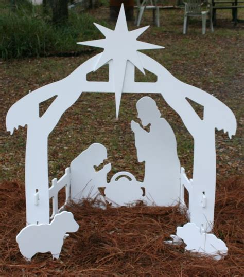 pattern for wood nativity scene 1000 images about nativity scenes on pinterest yard art