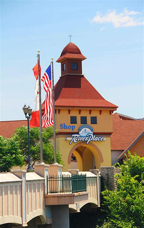 frankenmuth river place shops saginaw mi