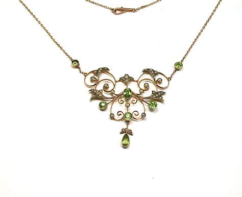 peridot seed pearl necklace