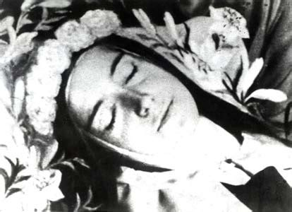 how st died st th 233 r 232 se of lisieux by alone