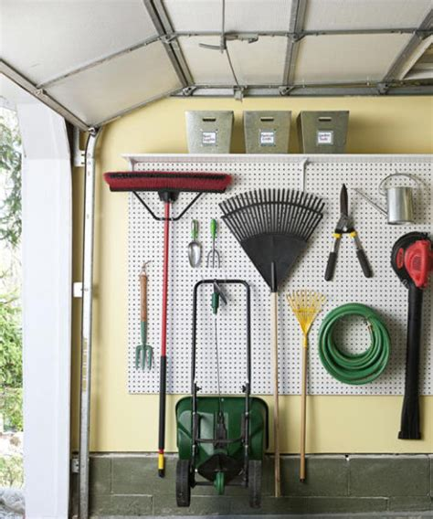 Best Way To Organize A Garage by 10 Best Diy S You Need To Organize Your Garage Drivenct