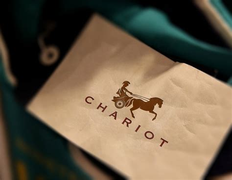 What Makes A Clothing Brand - what make premium brand logos effective