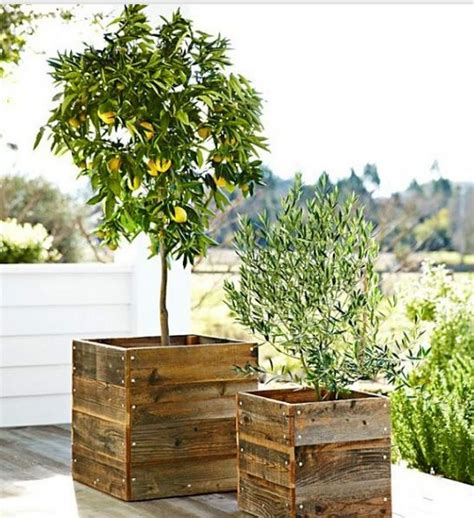 wooden box planters planter boxes out of pallets recycled things