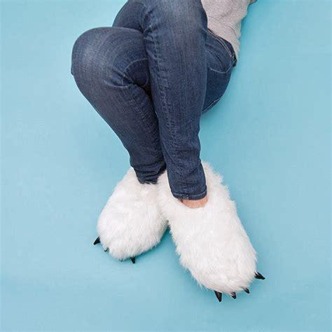 yeti slippers yeti usb heated plush footwarmers thinkgeek