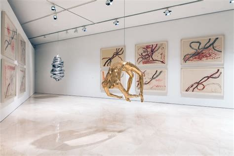 picasso museum malaga paintings louise bourgeois i been to hell and back museo