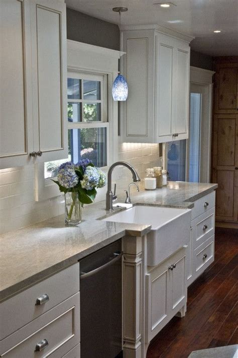 kitchen pendant lighting over sink 64 best kitchen design images on pinterest kitchens