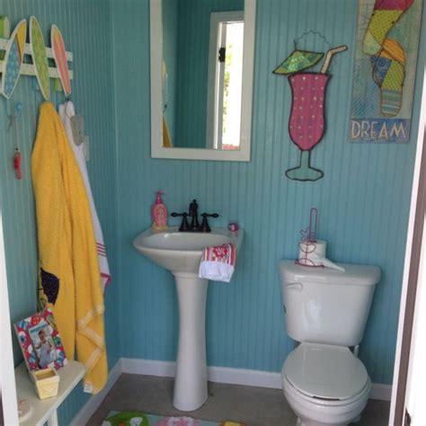 pool bathroom ideas best 25 pool house bathroom ideas on pool bathroom outdoor pool bathroom and