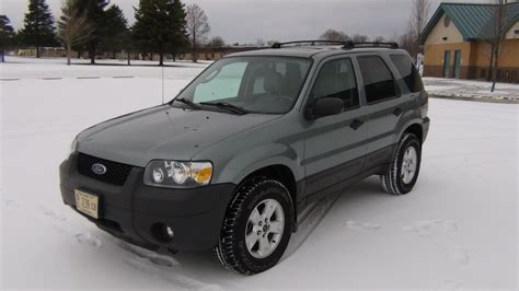 Ford Escape 2005 by 2005 Ford Escape Xlt Start Up Tour