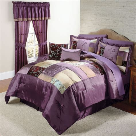 purple bed moroccan bedding and bedroom decorating ideas in purple decobizz