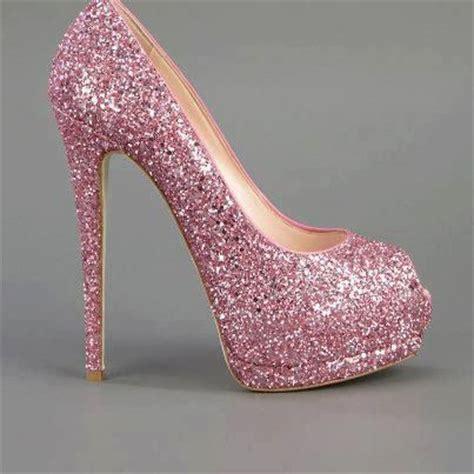 imagenes zapatos rosas tacones brillos rosa suave rosado pinterest