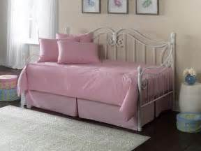 Daybed Ikea Indonesia Bedroom Elegance Pink Daybed Frame Ikea Comfortable
