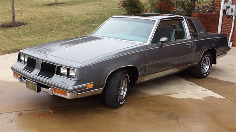 oldsmobile cutlass supreme 1986 oldsmobile cutlass supreme overview cargurus
