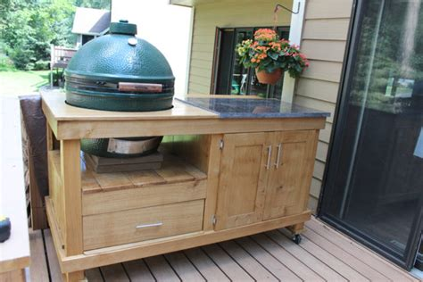 Diy Grill Table by How To Build A Rolling Cart For Your Grill Home Design