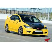 Yellow Rages Honda Civic Type R