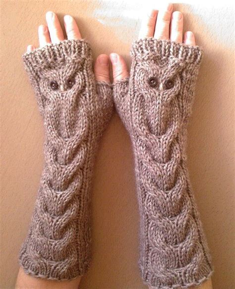 owl fingerless gloves knitting pattern brown beige alpacas and owl on